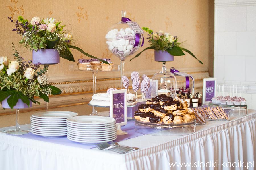 Słodki Kącik lawenda, słodki stół, słodki bufet, candy bar, tort weselny, ciasto wesele, ślub, pavlova, ciasteczka, słodycze, lizaki, buteleczki, cakepop, cupcake,  popcorn (1)