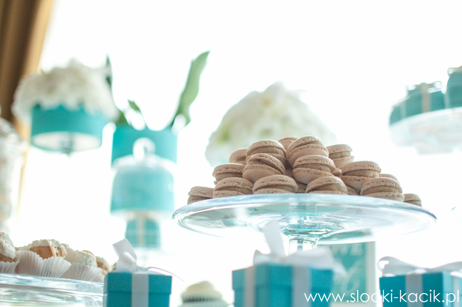 Słodki Kącik tiffany blue, słodki stół, słodki bufet, candy bar, tort weselny, ciasto wesele, ślub, pavlova, ciasteczka, słodycze, lizaki, buteleczki, cakepop, cupcake,  popcorn (3)
