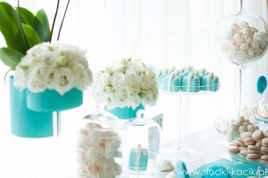 Słodki Kącik tiffany blue, słodki stół, słodki bufet, candy bar, tort weselny, ciasto wesele, ślub, pavlova, ciasteczka, słodycze, lizaki, buteleczki, cakepop, cupcake,  popcorn (5)